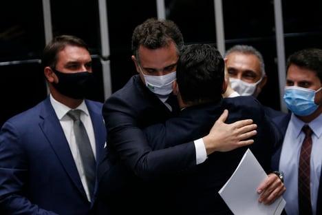 Pacheco não vai responder a Flávio Bolsonaro
