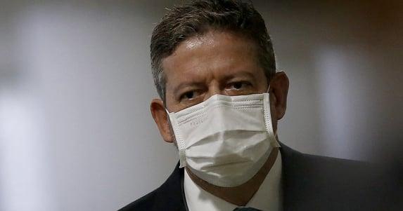 """Ou eu ou Ernesto Araújo"""