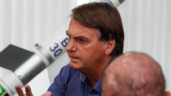 "Após sinal amarelo de Lira, Bolsonaro declara: ""Zero problema com ele"""
