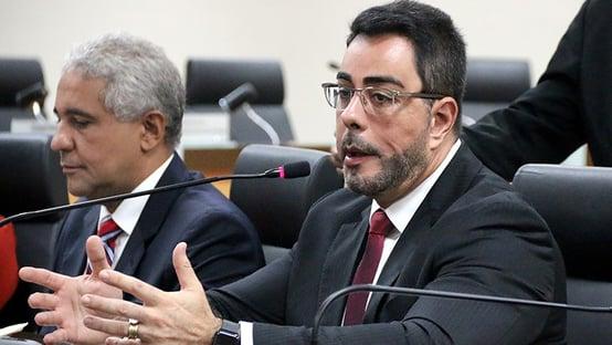 A tese esdrúxula da OAB para tirar E$quema S de Bretas