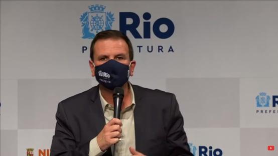 Paes anuncia decreto para liberação de grandes eventos no Rio