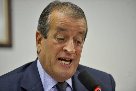 Valdemar Costa Neto negocia com Bolsonaro retomada do controle do Dnit