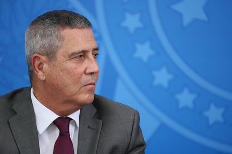 """Braga Netto: """"A cobra fumou e, se necessário,fumará novamente"""""""