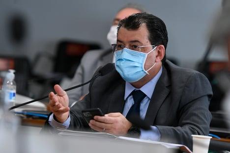 """Eduardo Braga: """"Enfrenta-se bandido com repressão organizada e inteligência"""""""