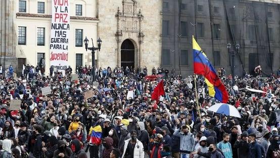 MP da Colômbia acusa narcotraficantes por violência em protestos