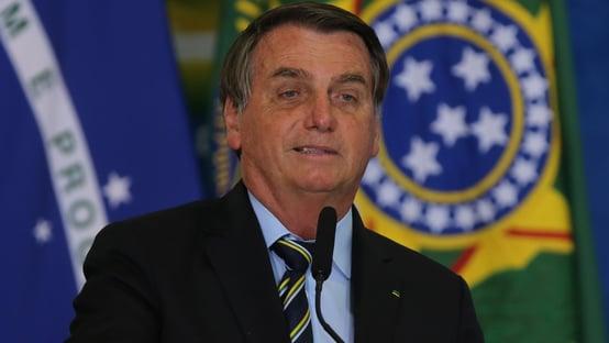 'Nossa PF vai chegar aos mandantes do caso Adélio', diz Bolsonaro