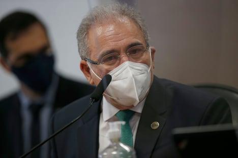 Queiroga diz que Mayra não cuida de tratamento precoce e descarta demissão