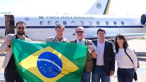 Ministro do Turismo leva secretário de Assuntos Fundiários para reunião no Caribe