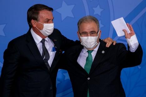 Políticos criticam Bolsonaro por investida para desobrigar uso de máscaras