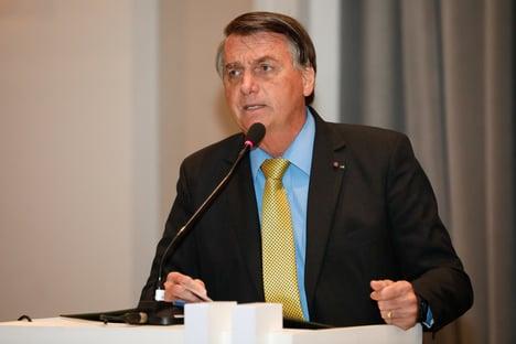 'Eu trato dor de estômago com Coca-Cola. O bucho é meu', diz Bolsonaro