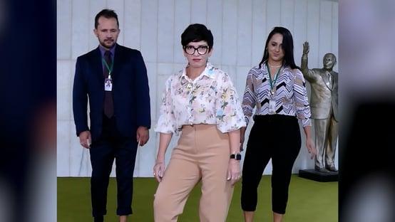 Vídeo de deputada bolsonarista dançando com funcionários repercute mal na Câmara