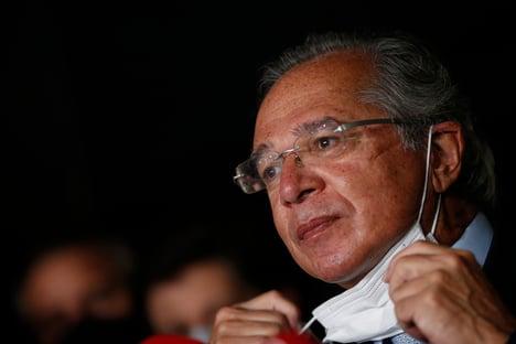 Guedes diz que governo só pensará em mudanças no Bolsa Família depois da pandemia