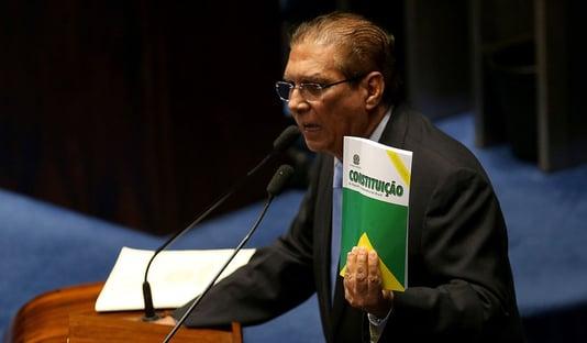 Jader Barbalho diz que Abin não pode servir a grupos e interesses