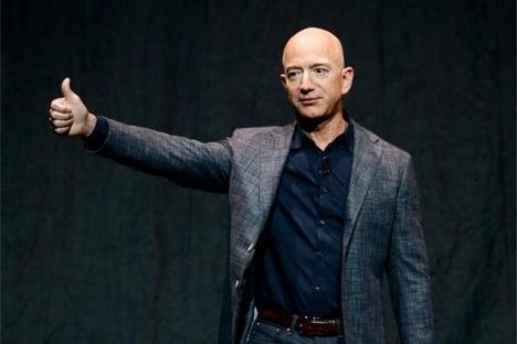 Fundador da Amazon vai para o espaço