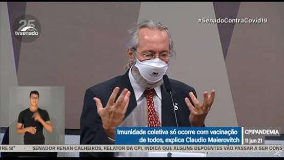 """Maierovitch: Brasil vive situação """"cataclísmica"""" e sediar Copa América """"beira a insanidade"""""""