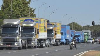 IMAGEM: Líder dos caminhoneiros critica Bolsonaro e confirma greve para 1º de novembro