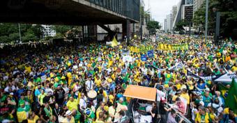 """IMAGEM: Frente Nacional de Prefeitos: """"Clamamos por respeito à democracia"""""""