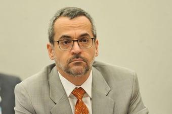 IMAGEM: Procuradores do Rio questionam ministro da Educação