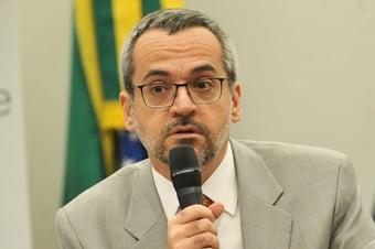 IMAGEM: Bancada do Rio pede retratação pública de Weintraub