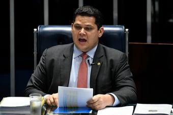 IMAGEM: Alcolumbre convoca sessão do Congresso; R$ 30 bi estão na pauta