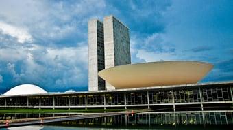 IMAGEM: Câmara aprova projeto que libera R$ 178 bi para gastos com Covid-19