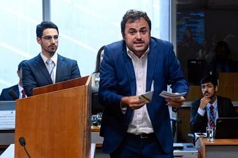 IMAGEM: PSOL não quer mais ser senzala da casa grande petista?