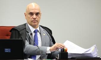 IMAGEM: Moraes afasta delegado de inquérito sobre interferência de Bolsonaro na PF