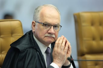 IMAGEM: Fachin rejeita ação de Bolsonaro contra inquéritos abertos de ofício pelo STF