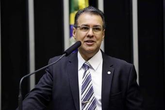 """IMAGEM: """"Foi uma aberração"""", diz Capitão Augusto, sobre fim da gravação ambiental como prova"""