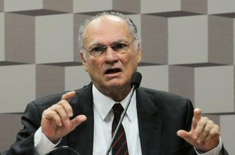 """IMAGEM: Freire: """"No Brasil de Mourão, a polícia chama alguém de bandido e pode matar"""""""