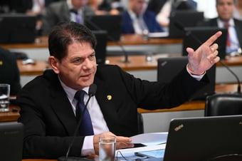 IMAGEM: Oposição anuncia que irá ao STF contra MP da privatização da Eletrobras