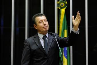"""IMAGEM: """"Uma facada na democracia"""", diz José Nelto, sobre projeto que barra Moro 2022"""