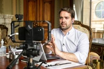 IMAGEM: Líder do PSDB na Câmara de SP declara apoio a Eduardo Leite