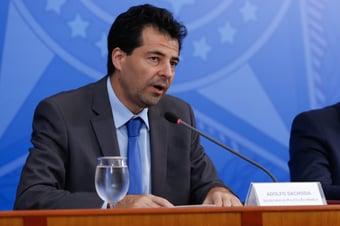 IMAGEM: Economia brasileira deve receber injeção de R$ 110 bi em 2020, diz secretário de Guedes