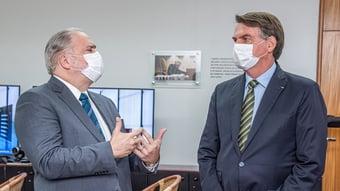 IMAGEM: Aras 'precisa cumprir o seu papel' e investigar Bolsonaro, dizem subprocuradores