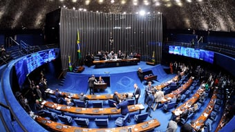 IMAGEM: Senado adia votação da MP trabalhista