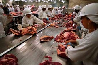 IMAGEM: Carne enviada à China segue parada em portos