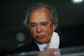 IMAGEM: Guedes diz a investidores que PEC fura-teto não fura o teto