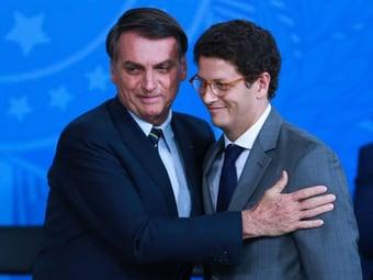 IMAGEM: Deputados não perguntam nada a diplomata sobre posição do Brasil em mudanças climáticas