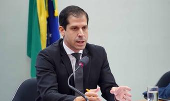 IMAGEM: STF 'salvou' Petrobras, diz secretário de Guedes sobre venda de refinarias