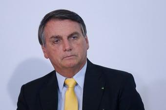 """IMAGEM: Bolsonaro se irrita com reclamação sobre preço do arroz: """"Vai comprar na Venezuela"""""""