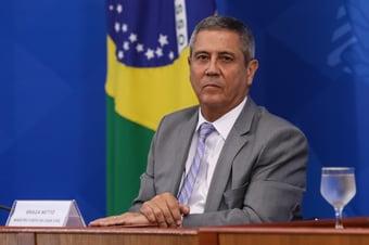 IMAGEM: Acontecimentos do golpe de 1964 'devem ser compreendidos e celebrados como parte da trajetória histórica', diz Braga Netto em Ordem do Dia