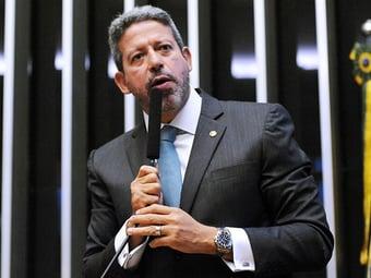 IMAGEM: ARTHUR LIRA CONTA COM BOLSONARO PARA ESCAPAR DA JUSTIÇA