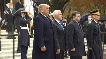 IMAGEM: Trump tem 1º compromisso público após derrota
