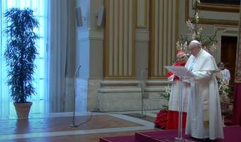 IMAGEM: Com dor no ciático, papa Francisco não vai celebrar missa de Ano Novo