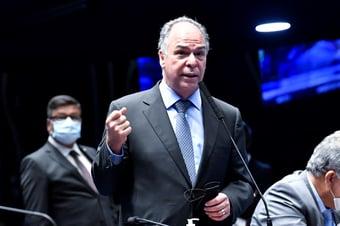 IMAGEM: Planalto estuda editar projeto de lei para privatizar Petrobras, diz líder no Senado