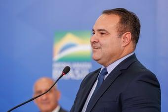 IMAGEM: Ministro ligado a Bolsonaro suspende processo no TCU sobre segurança das urnas