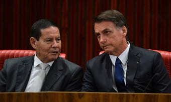 IMAGEM: Urgente: Mourão decide exonerar assessor que procurou deputados para saber de impeachment