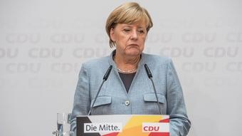 IMAGEM: Em 16 anos, Merkel manteve distância segura de quatro presidentes brasileiros