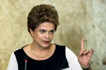 """IMAGEM: Em tréplica, Dilma diz que visão de Ciro é """"profundamente misógina"""""""